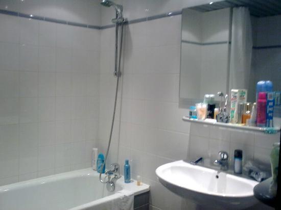 Hotel du Beryl : salle de bain