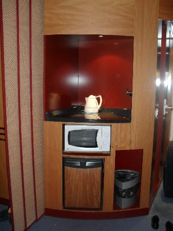 Novotel Suites Nice Aeroport Arenas: mini cuisine