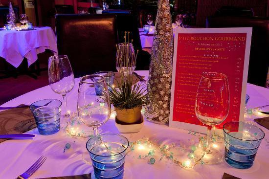 Au P'tit Bouchon Gourmand : La table et son décor