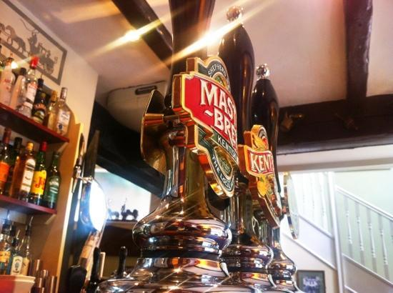 The Old Coach & Horses: Master brew ;)