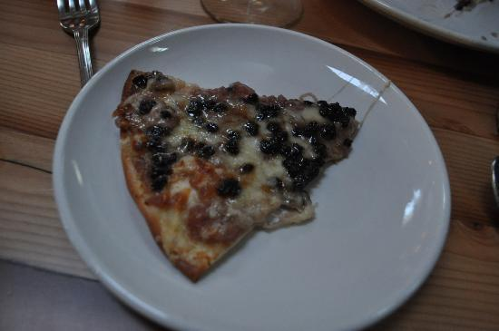 Doe Bay Resort & Retreat: House Pizza with Currants