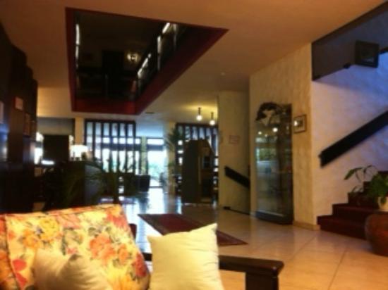 Parkhotel Weinperle: Hall