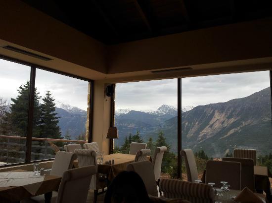 Orizontes Tzoumerkon Hotel Resort: View from the dining room