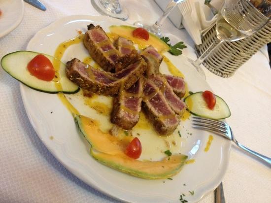 Ristorante Egesta Mare: tagliata di tonno fresco!