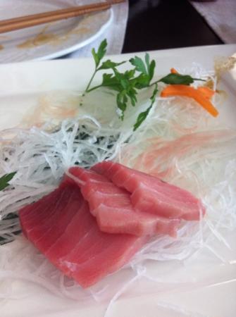 "Fuji : sashimi de ""toro"". recomendable!"