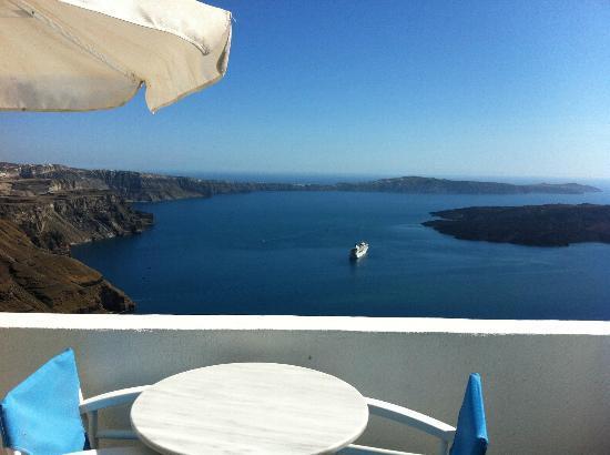 Irini's Villas Resort: Vue de la terrasse