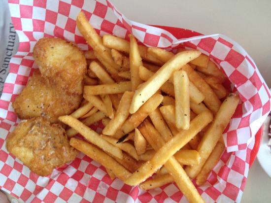 Smoke Jumper Cafe: fish and chips