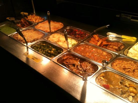 Leyland, UK: All-you-can-eat-pub grub buffet £4.99