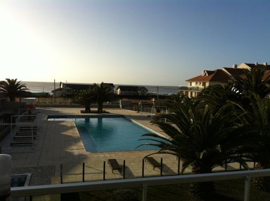 Terrazas al Mar Apart-Spa: vista piscina descubierta