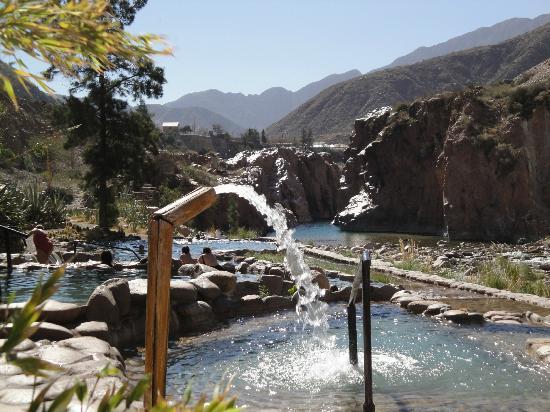 Hotel & Spa Termas Cacheuta: Piscinas termales exteriores