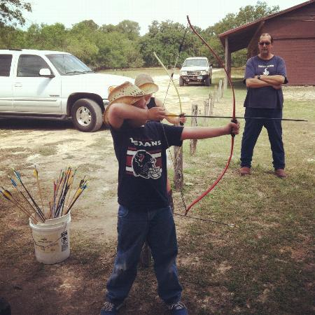Mayan Dude Ranch: Archery lesson
