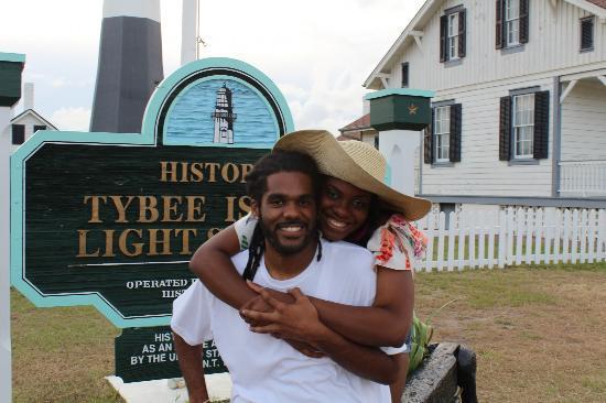 Island Hoppers: Lighthouse shot