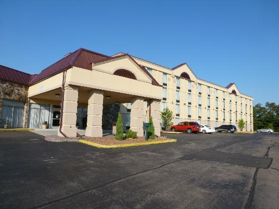 Comfort Inn Grantsville-Deep Creek Lake: Front of Hotel