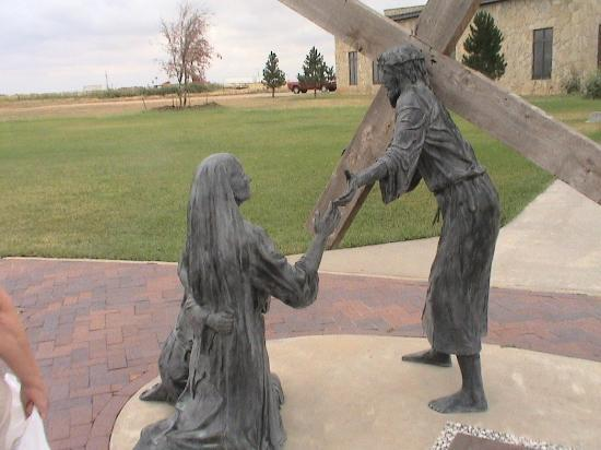 Groom, TX: Mary reaching out to Jesus