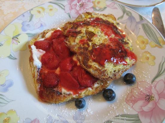 Birmingham Manor Bed and Breakfast: French Toast