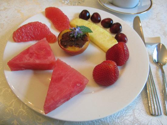 Birmingham Manor Bed and Breakfast: Fruits