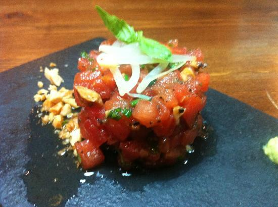 Punto Gastro: tartar de atún y tomate