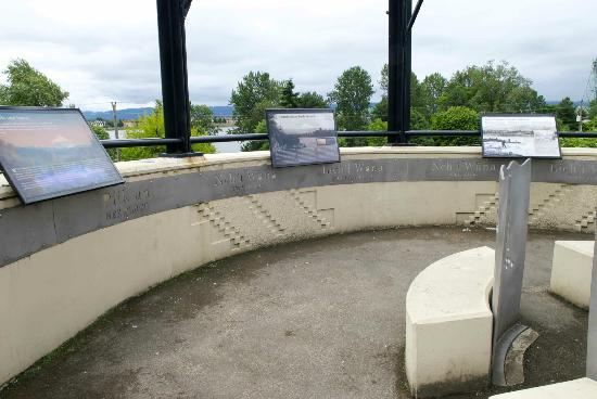 Vancouver, WA: Viewing Deck on the Land Bridge