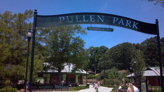 Pullen Park Christmas 2019.Pullen Park Entrance Picture Of Pullen Park Raleigh