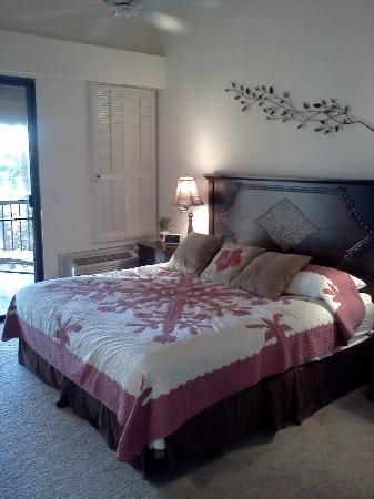 Wailea Ekahi Village: Master Bedroom