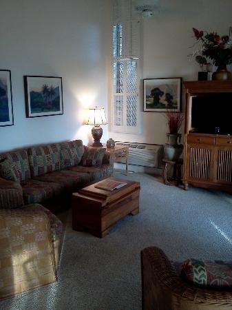 Wailea Ekahi Village: Living Room