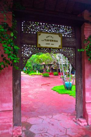 Hotel La Taverna: Hotel Grounds