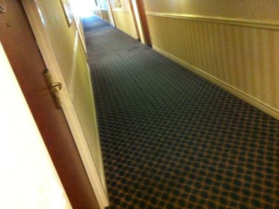 Ramada London: hallway stained