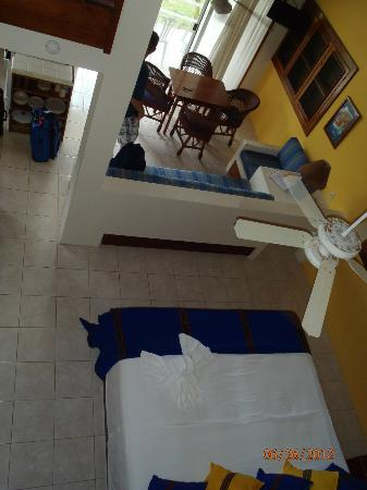 Caribbean Villas Hotel: view from the loft area of the main floor