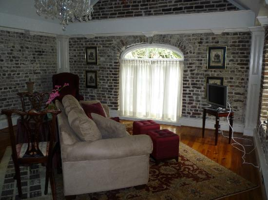 Joseph Aiken Mansion Carriage House: living area