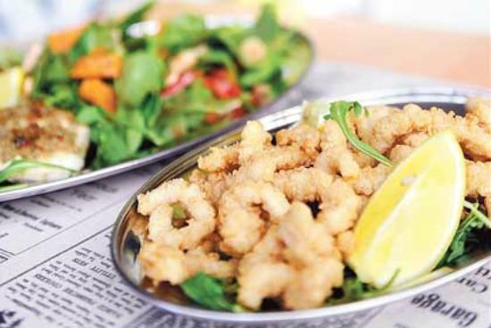 The Fishmonger's Wife : Sat, Pepper + Garlic Calamari