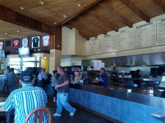 Main Street Grill: inside the main st grill