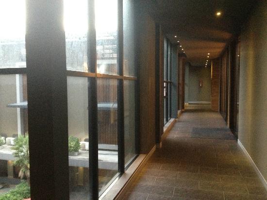 Siam Swana Hotel: Corridor