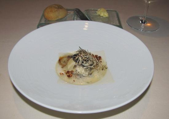 "Food - Gourmetrestaurant Vendome: mascarpone ""ravioli"""