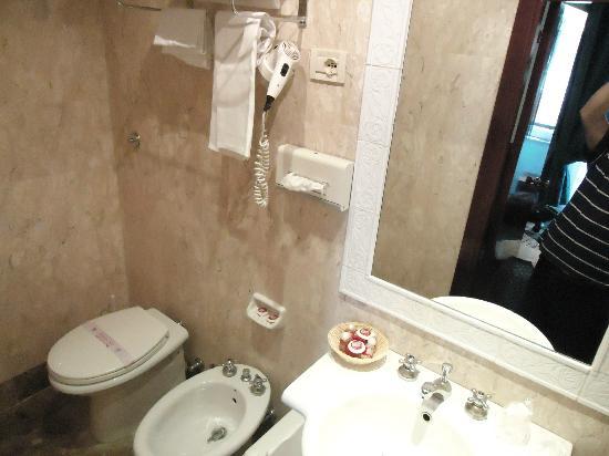 Hotel Nord Nuova Roma: Baño