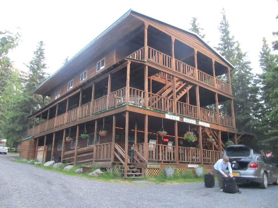 The Hutch B&B: The Hutch in Cooper Landing, Alaska