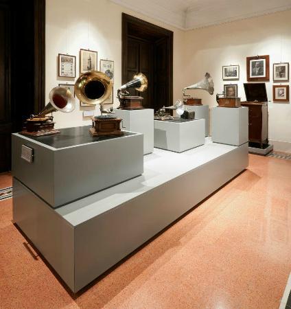 Museo Enrico Caruso: Museo Caruso 