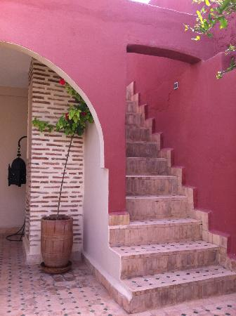 Riad Maud: stairs to terrace