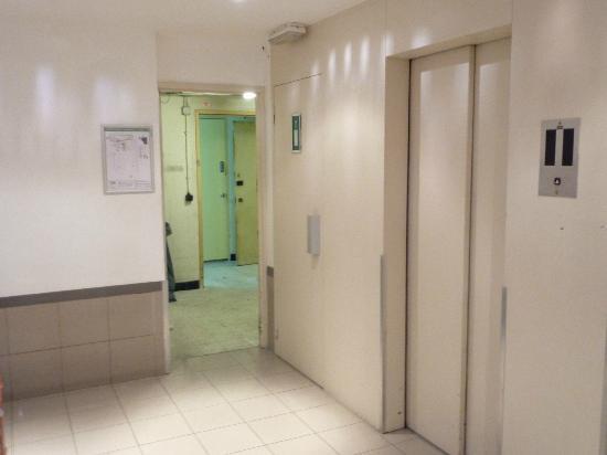 Hotel Brussels: LE SOUS SOL
