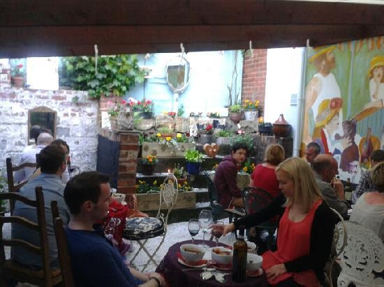 The Supper Club: getlstd_property_photo