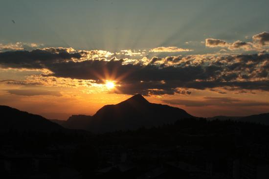 CGH Résidences et Spas Les Chalets de Jouvence : un superbe coucher de soleil chaque soir...