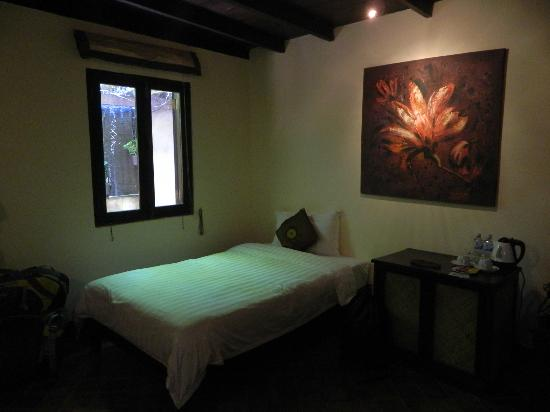 Ramayana Boutique Hotel: The 2nd double bed in the room