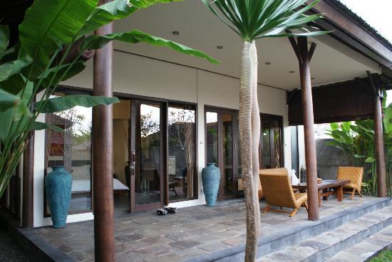 The Kampung Ubud Villa: Zona de estar