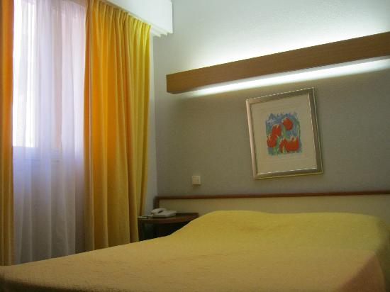 Cannes Garden Hotel: Single Room