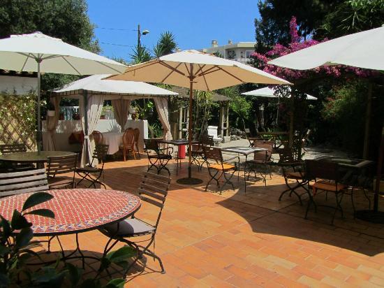 Hotel Teranga : Giardino