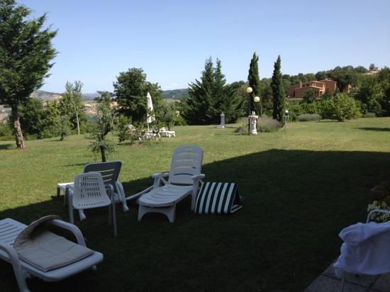 Villa di Carlo Spa&Resort: parte del giardino