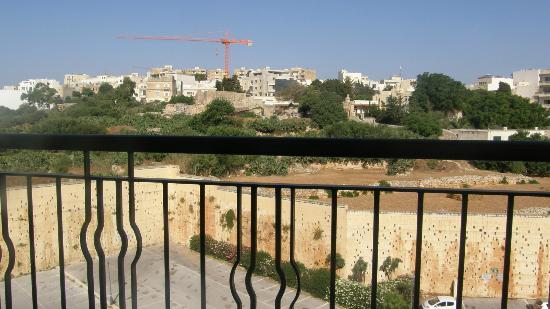 Le Meridien St. Julians: Inner city view