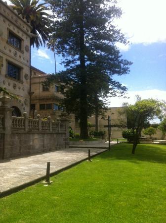 Pazo Los Escudos Hotel and Spa : Jardín