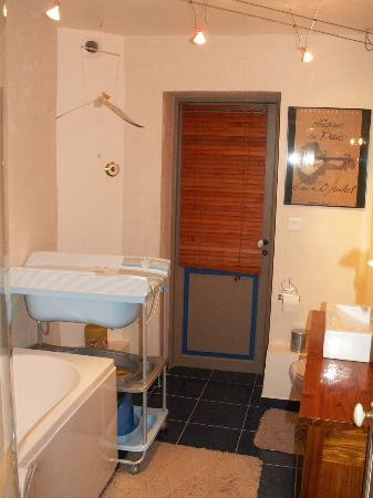 Dodo et Tartines: La salle de bain de la suite familiale