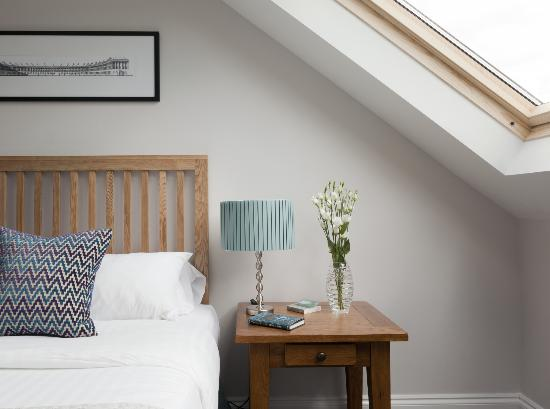 2 Crescent Gardens: loft room