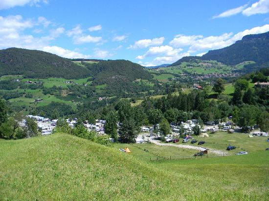 Fie allo Sciliar, Italy: Campeggio visto dall'alto